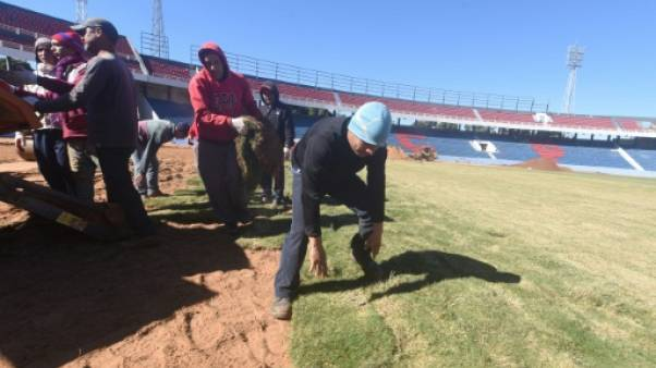 Au Paraguay, des supporteurs ultras construisent leur propre stade