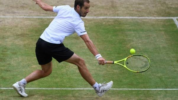 Tennis: Gasquet battu, finale Zverev - Federer à Halle