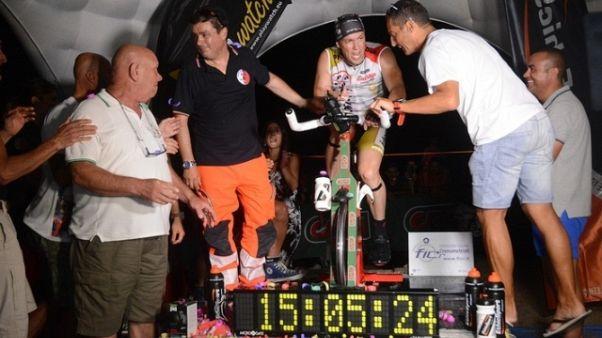 Record mondiale pedalata fuori sella