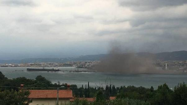 Maltempo: nube polveri Ferriera Trieste