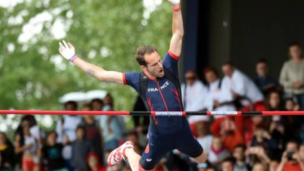 """Athlétisme: """"Quand ça veut pas, ça veut pas"""", enrage Lavillenie, frustré par le vent"""
