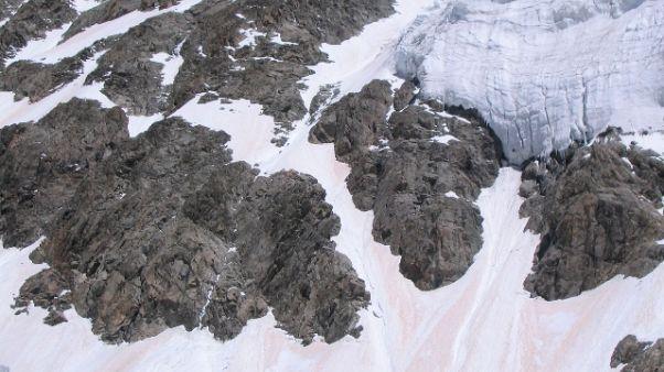 Precipitano due scalatori su Mt. Bianco