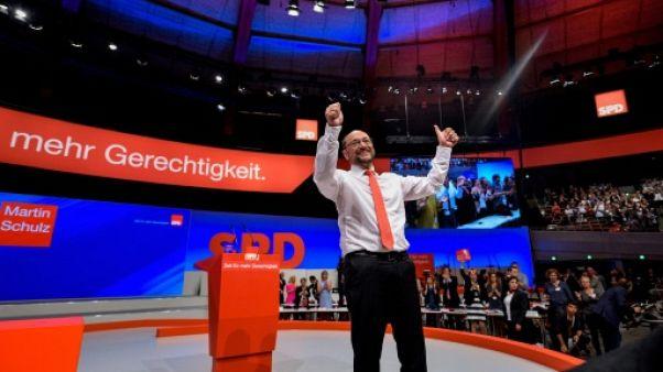 Allemagne: les attaques du SPD contre Merkel enflamment la campagne