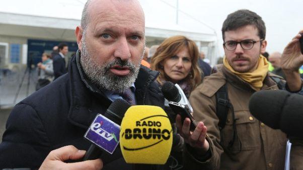 Pd: Bonaccini, società ci volta spalle