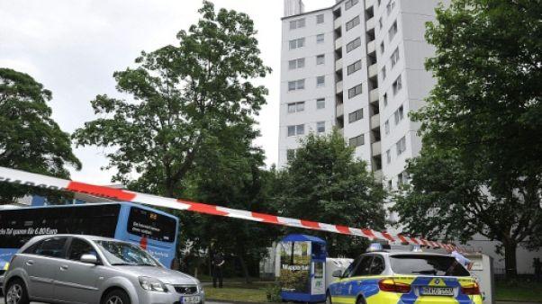 Allemagne: évacuation d'un immeuble après l'incendie de Londres