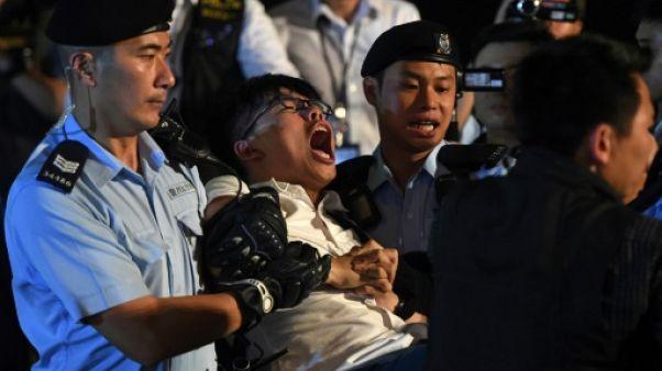 Manifestation à Hong Kong: le militant pro-démocratie Joshua Wong interpellé