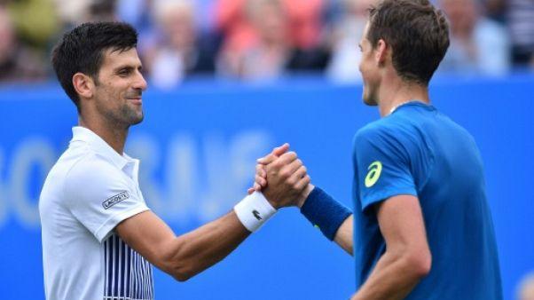 Tennis: Djokovic réussit contre Pospisil son 1er test sur gazon à Eastbourne