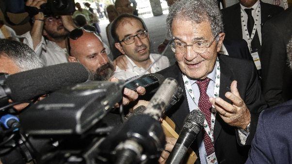 L.elettorale: Prodi, fare accorpamenti