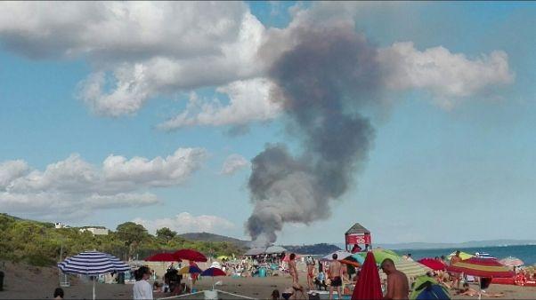 Incendi: evacuato campeggio in Maremma