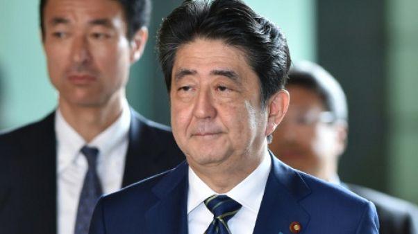 Japon: le Premier ministre affaibli par une défaite historique à Tokyo