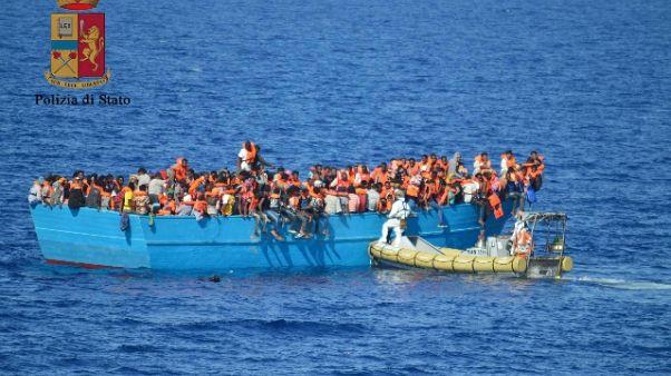 Migranti: sbarchi 2017 a quota 85mila,