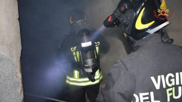 incendi: esplosione in attico Catanese