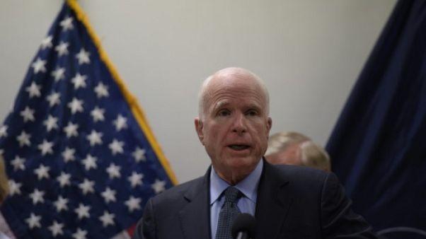 """Le sénateur américain McCain """"compte sur le Pakistan"""" contre les extrémistes"""