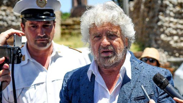 Grillo: Villaggio era un M5s critico