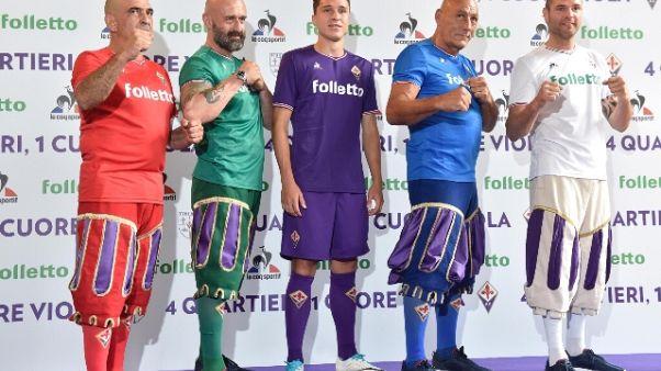 Fiorentina,maglia viola e calcio storico