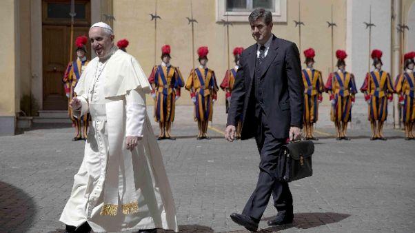 Lutto 'famiglia', primo necrologio Papa