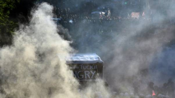 Nouveaux heurts en marge du G20, 111 blessés selon la police