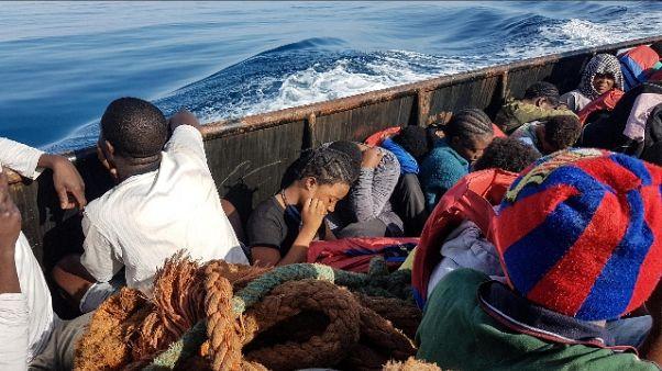 Cicchitto, stop navi Francia e Spagna