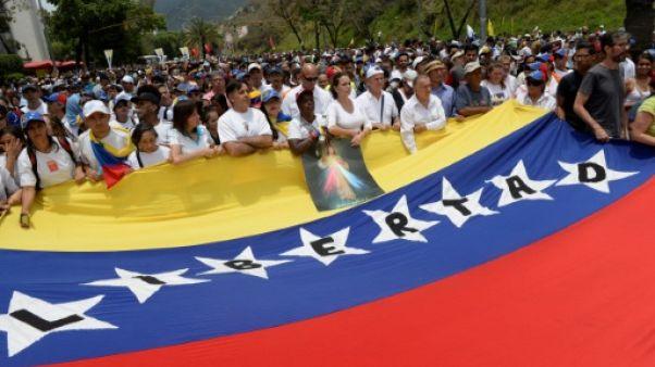 """L'Eglise catholique dénonce une """"dictature"""" au Venezuela"""