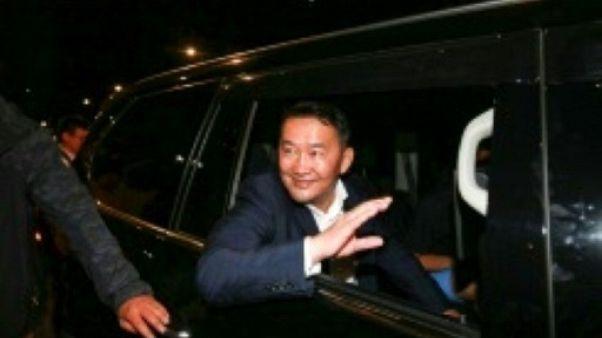 Mongolie : un ex-lutteur devient président