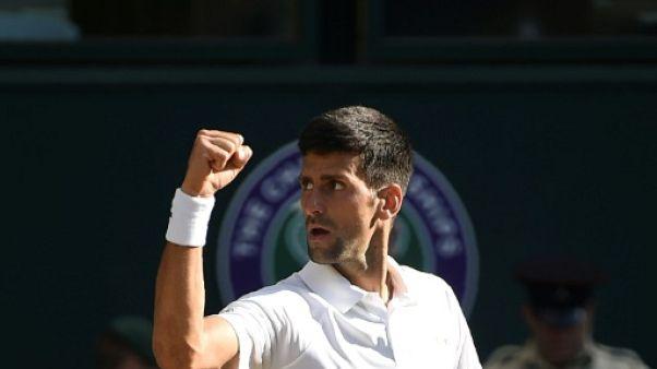 Wimbledon: Djokovic sans trembler en deuxième semaine