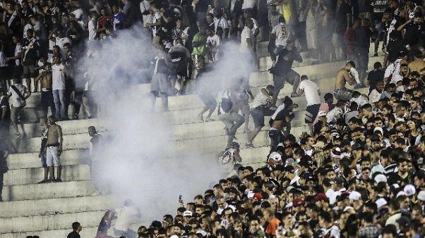Calcio: incidenti in derby Rio, 1 morto