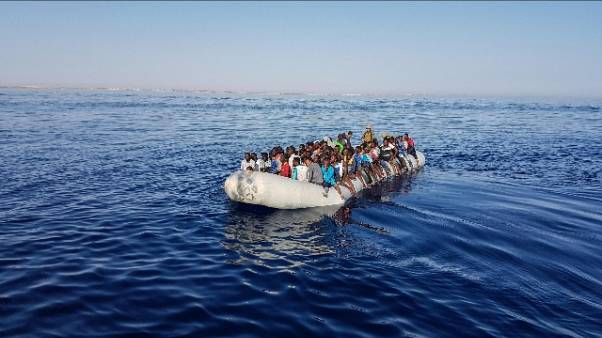 Migranti:2 interventi soccorso,137 salvi