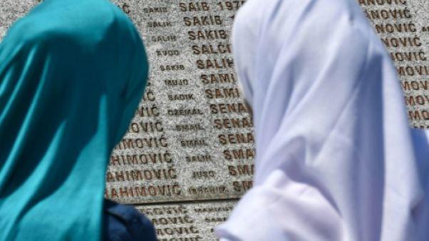Bosnie: à Srebrenica, 22 ans après, on inhume encore des victimes