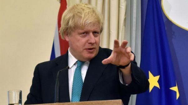 """Brexit: l'UE peut """"toujours courir"""" pour sa facture, selon Johnson"""