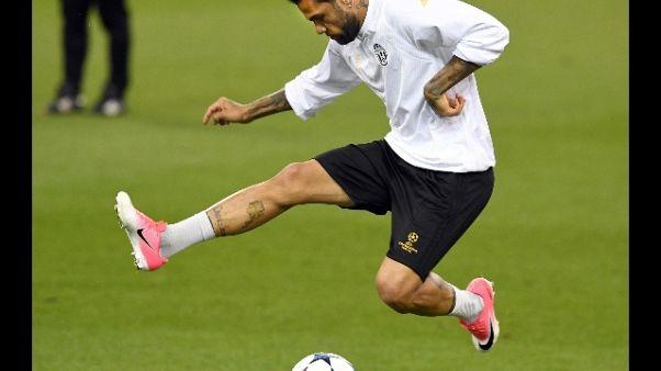PSG ufficializza ingaggio Dani Alves