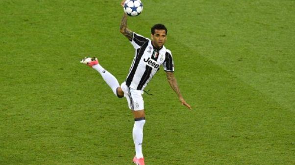 Transfert: le PSG s'offre un cador avec Dani Alves