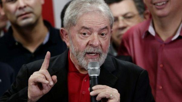 Brésil: Lula veut être candidat à la présidentielle de 2018