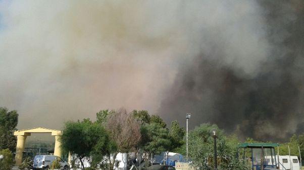 Incendio Metaponto: evacuati 3 campeggi
