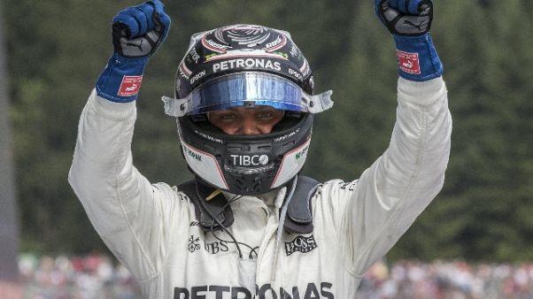 F1: Mercedes davanti nelle prime libere