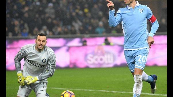 Lazio: Biglia lascia ritiro, verso Milan