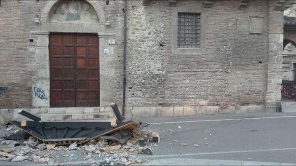 Teramo, crolla tettoia dipinto XV sec.