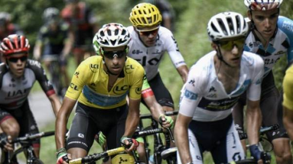 Tour de France: Aru, capitaine abandonné