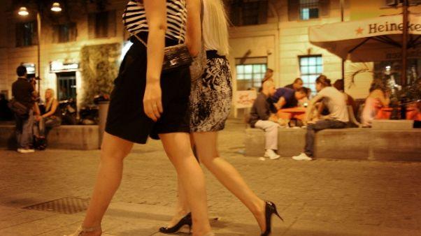 Rissa in Corso Como a Milano, un ferito