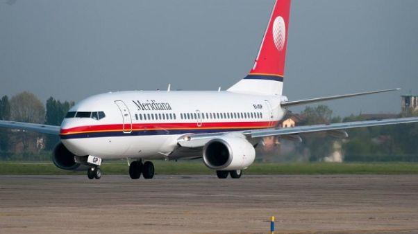 Odissea passeggeri volo Torino-Cagliari