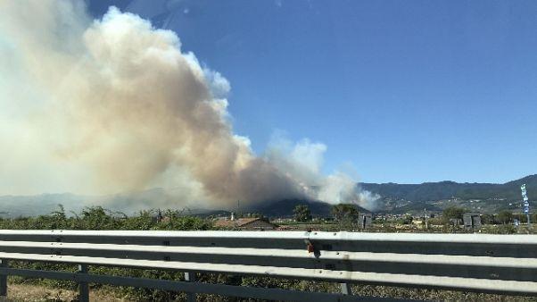 Rogo tra Pistoia e Prato,visibile da A11