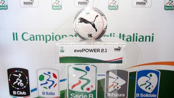 Anche la Serie B 'allunga' le panchine