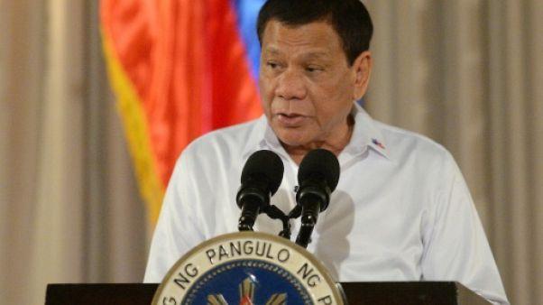 Philippines: Duterte veut cinq mois supplémentaires de loi martiale