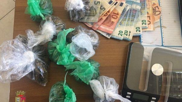 Droga, arresto richiedente asilo-rapper