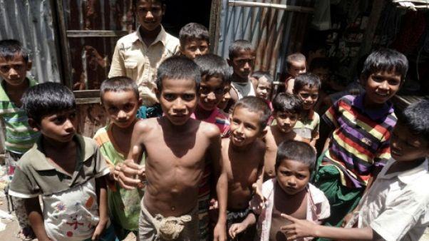 """""""Nous n'avons d'humain que le nom"""": le désespoir des Rohingyas birmans des camps"""