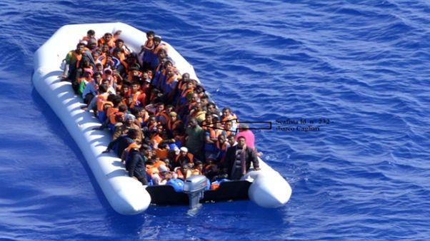Migranti: Salvini, 50 mld per l'Africa