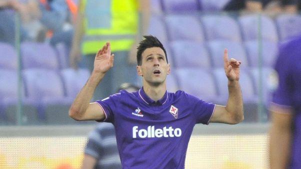 Kalinic lascia ritiro della Fiorentina