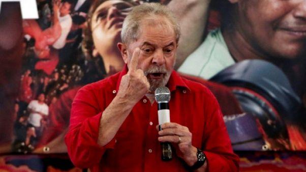 Brésil: les partisans de Lula appelés à descendre dans la rue