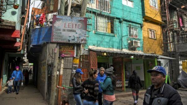 Buenos Aires veut transformer un célèbre bidonville en quartier
