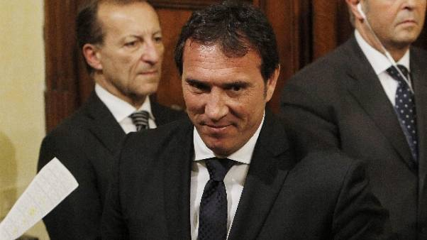 Sottosegretario Cassano si dimette