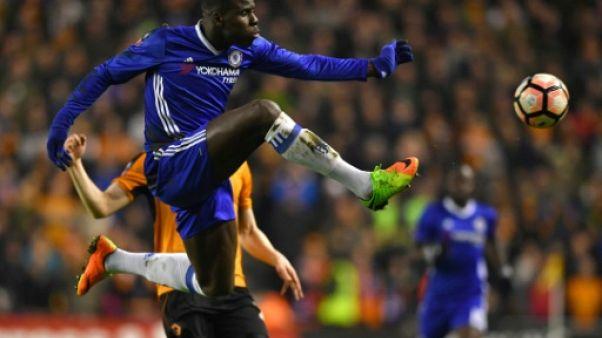 Transfert: Zouma prolonge à Chelsea qui le prête à Stoke